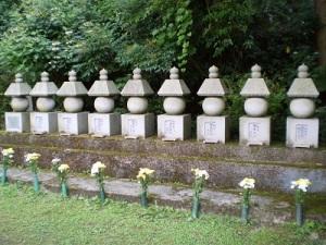 大隣寺 二本松少年隊墓碑